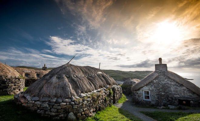 Les « black houses » des paysans de Lewis