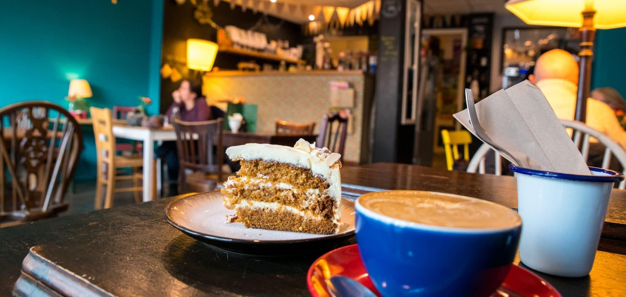 edinburgh-cafe-roadtrip-scotland-siredwards