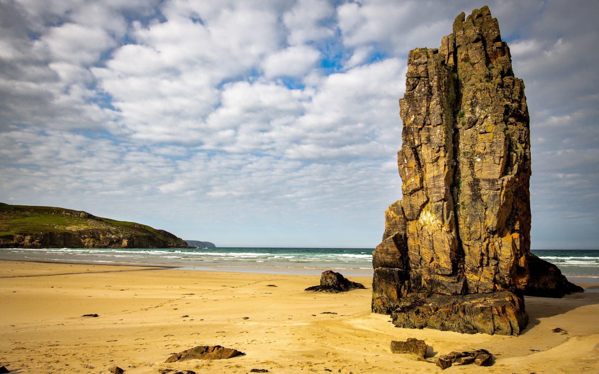 the-roller-waves-of-garry-beach-sir-edwards-roadtrip